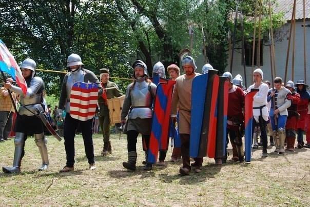 Сто лицарів і принцеса: у Чинадієві пройшов фестиваль «Срібний Татош» (ФОТО), фото-1