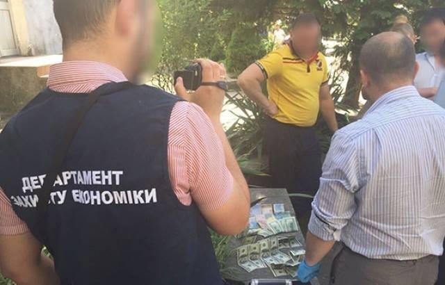 Меру і чиновникам Чопської міськради за хабар загрожує до 10-ти років тюрми - прокуратура, фото-3