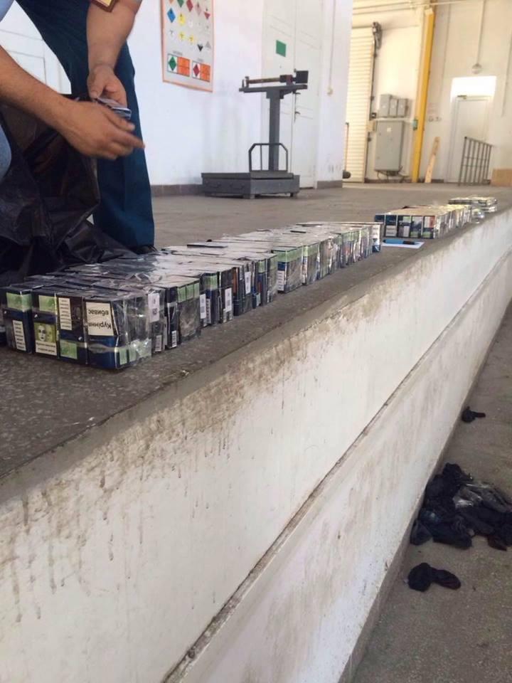 "На Закарпатті вилучили ""Мерседес"" за 800 000, напакований цигарками: фото , фото-2"