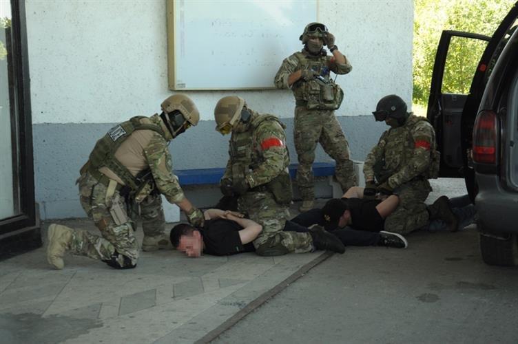 """Як СБУ на кордоні """"диверсантів-пересічників"""" знешкоджували: фото, фото-9"""