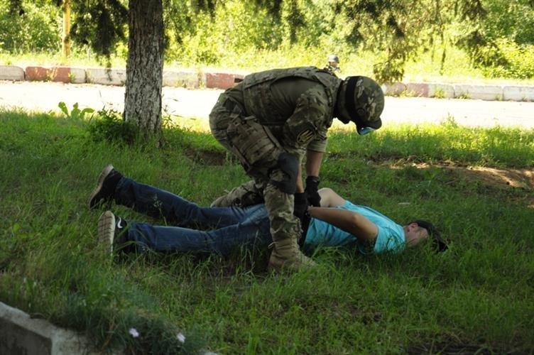 """Як СБУ на кордоні """"диверсантів-пересічників"""" знешкоджували: фото, фото-12"""