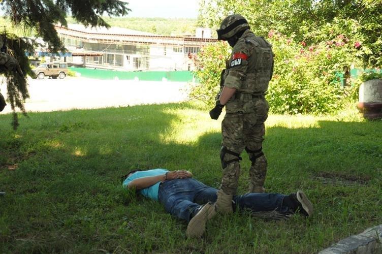 """Як СБУ на кордоні """"диверсантів-пересічників"""" знешкоджували: фото, фото-13"""