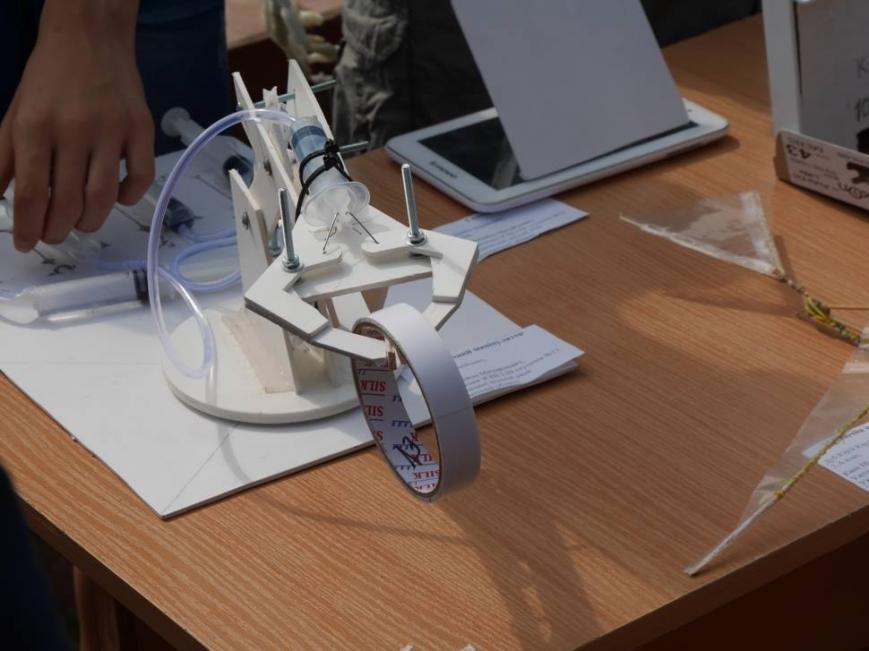 В Ужгороді на Петефі змагались юні винахідники: фото, фото-4