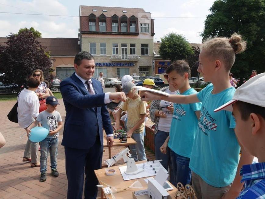 В Ужгороді на Петефі змагались юні винахідники: фото, фото-6