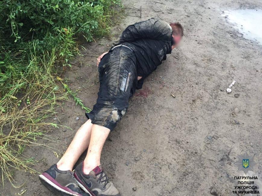 """Ужгородські патрульні показали фото гонитви з пострілами за п'яним водієм """"Фольксвагена"""", фото-10"""