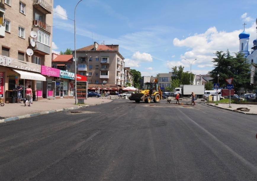 Як проходить капремонт вулиці Заньковецької в Ужгороді: фото, фото-3