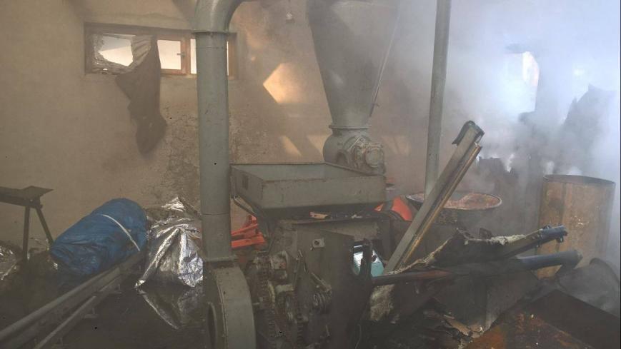На Рахівщині сталась масштабна пожежа на деревообробному підприємстві: фото, фото-3