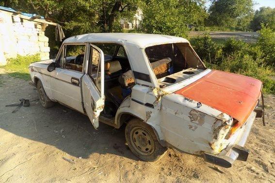 На Закарпатті 15-річний хлопець вкрав у знайомого авто, втрапив у ДТП і втік: фото, фото-2