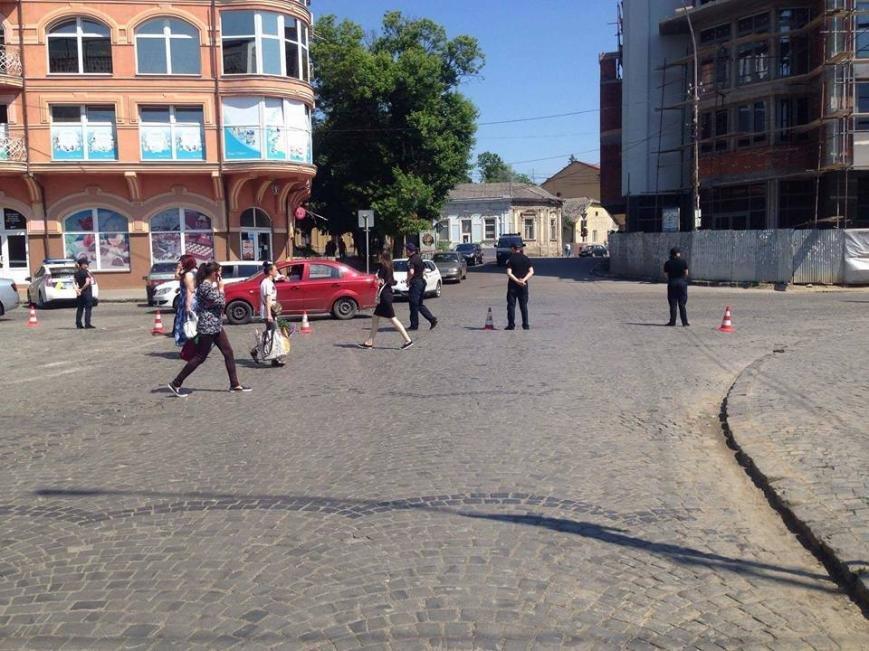 """В Ужгороді до приїзду президента """"зачистили"""" центр міста: фото, фото-3"""