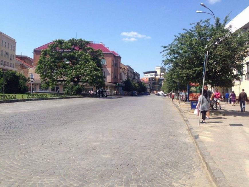 """В Ужгороді до приїзду президента """"зачистили"""" центр міста: фото, фото-1"""