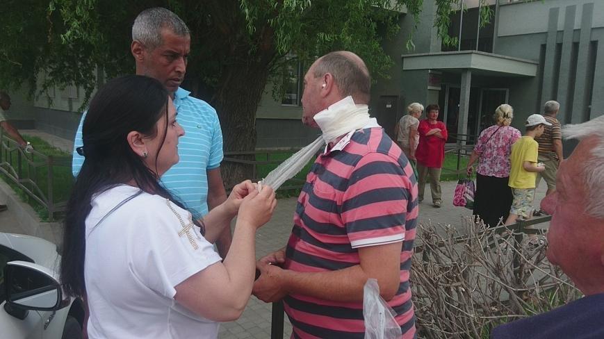 В Ужгороді на Грушевського серед білого дня сталася різанина у п'яній компанії: фото, відео, фото-5