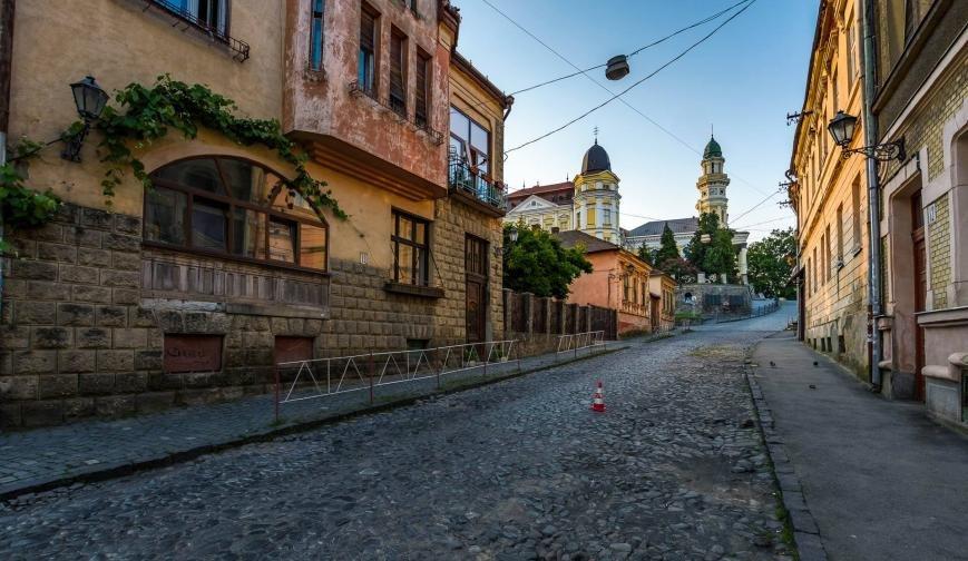 Фотограф у соцмережі опублікував світлини неймовірного ранкового Ужгорода, фото-8