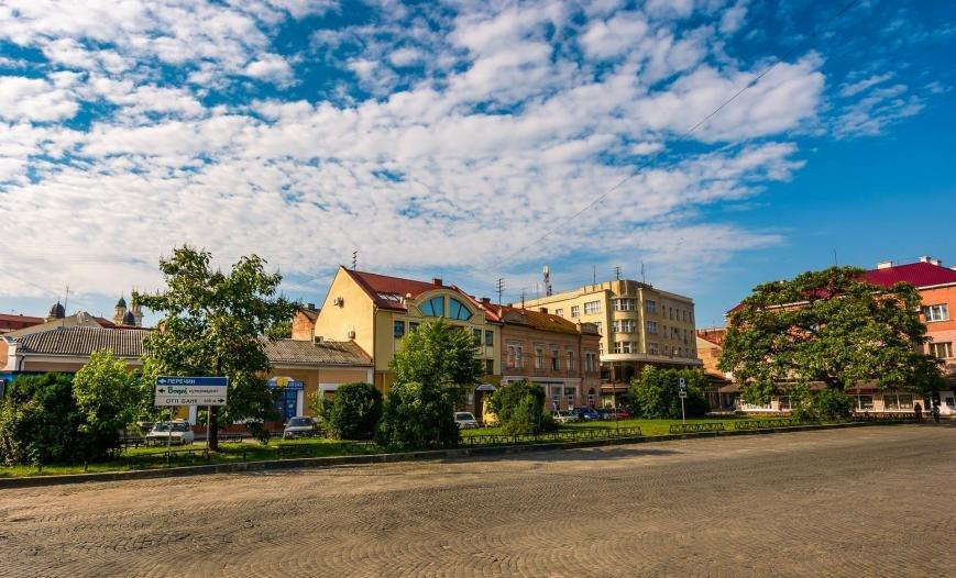 Фотограф у соцмережі опублікував світлини неймовірного ранкового Ужгорода, фото-12