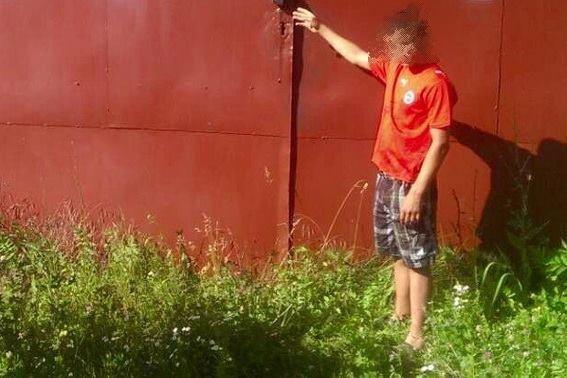 У Мукачеві 18-річний злочинець вмовив дитину здійснити крадіжку із місцевого коледжу: фото, фото-2