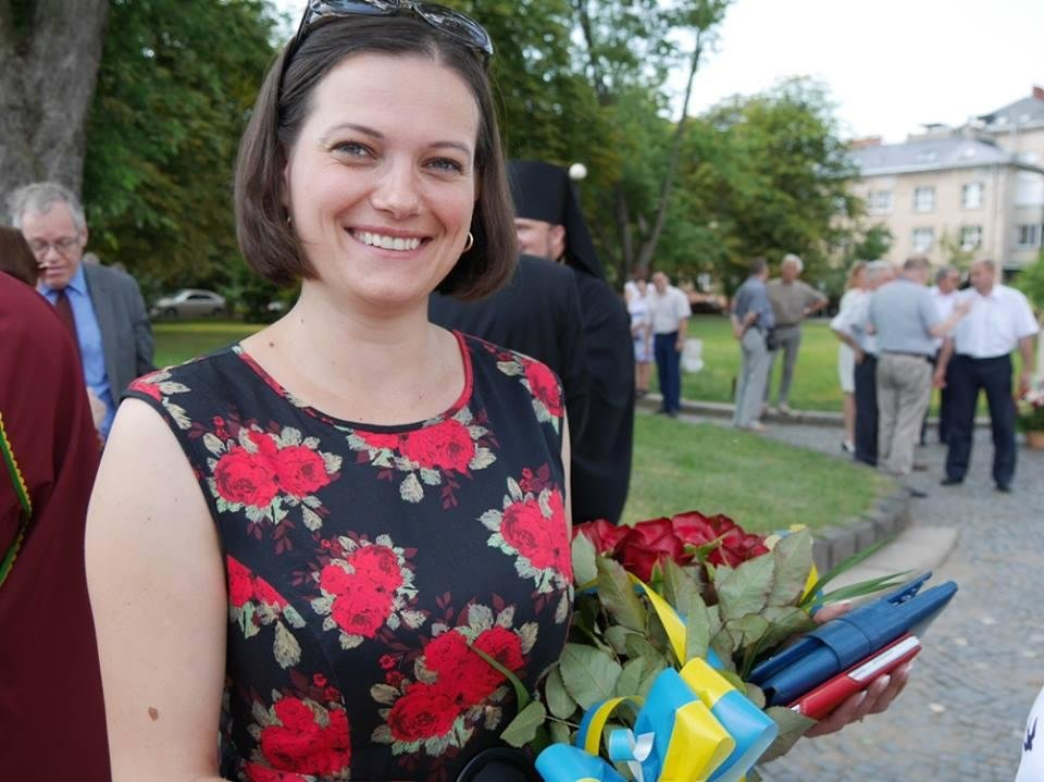 Ужгород вже почав святкувати День Конституції: фото, фото-2