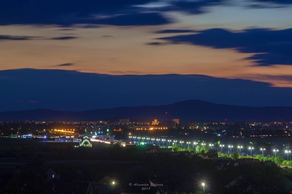 Ужгород, як на долоні: неймовірні фото вечірнього міста, фото-6