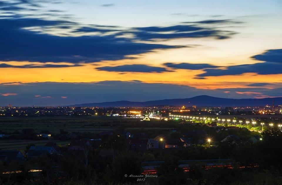Ужгород, як на долоні: неймовірні фото вечірнього міста, фото-4