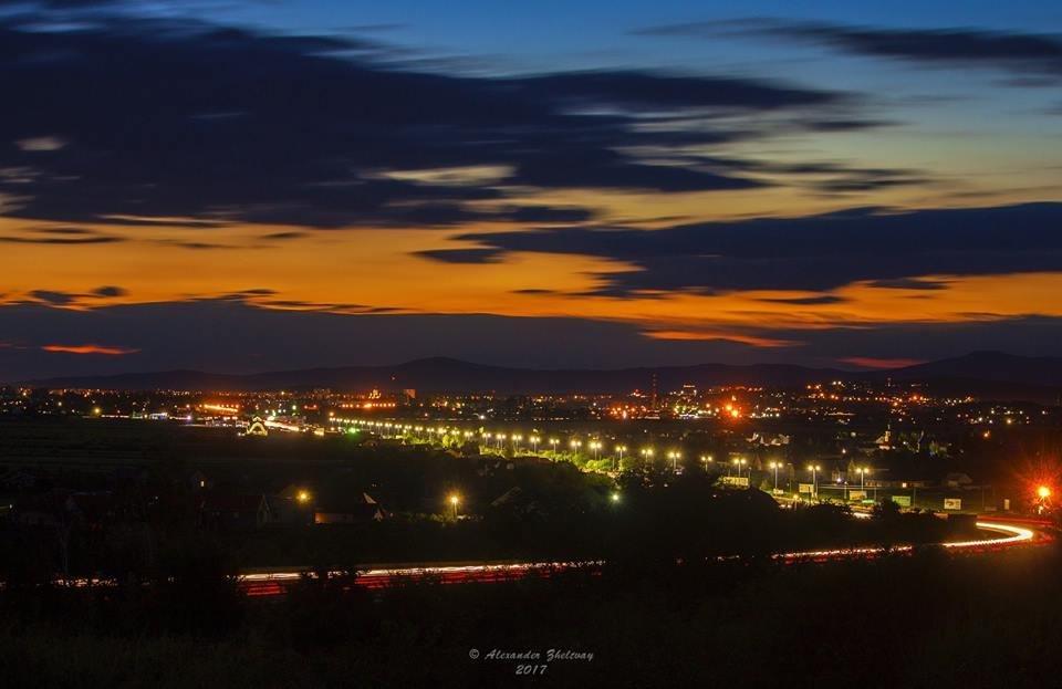 Ужгород, як на долоні: неймовірні фото вечірнього міста, фото-5