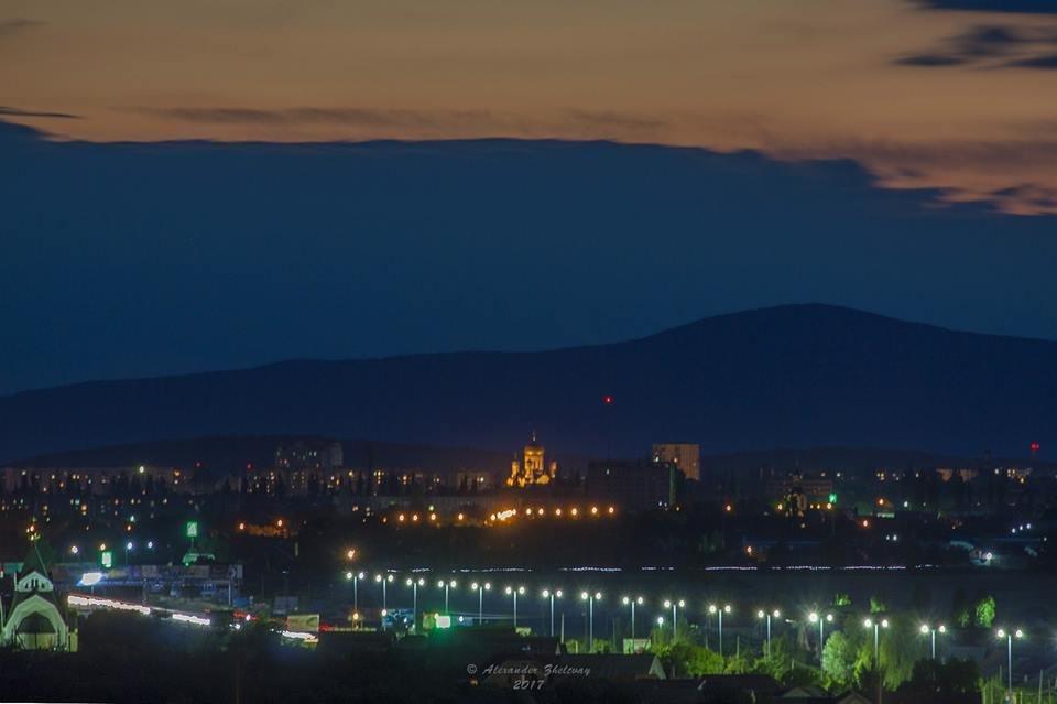 Ужгород, як на долоні: неймовірні фото вечірнього міста, фото-1