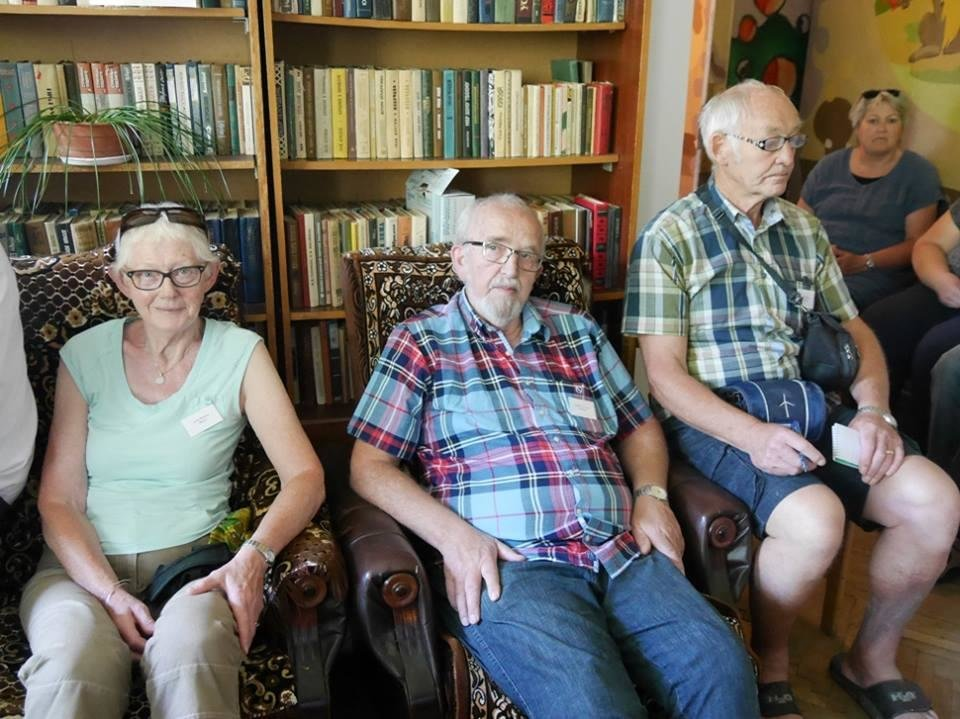 В Ужгород з гуманітарною допомогою приїхали 45 жителів Данії: фоторепортаж, фото-7