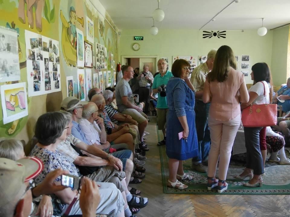 В Ужгород з гуманітарною допомогою приїхали 45 жителів Данії: фоторепортаж, фото-8