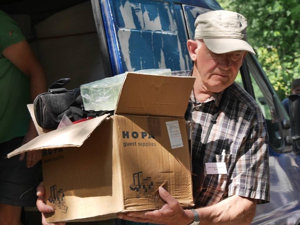 В Ужгород з гуманітарною допомогою приїхали 45 жителів Данії: фоторепортаж, фото-10
