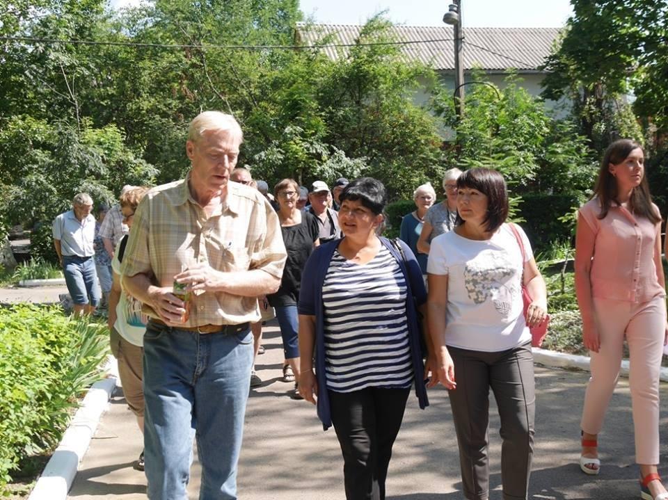 В Ужгород з гуманітарною допомогою приїхали 45 жителів Данії: фоторепортаж, фото-3
