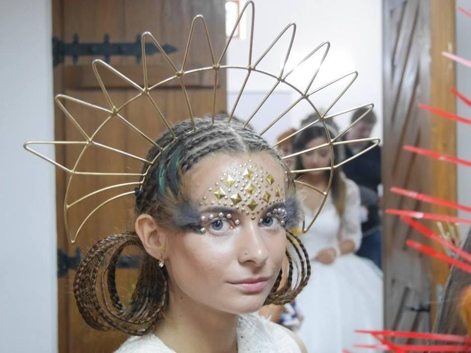 Іраклій та 60 красунь: в Ужгороді пройшов 8-й Парад наречених - фоторепортаж, фото-21
