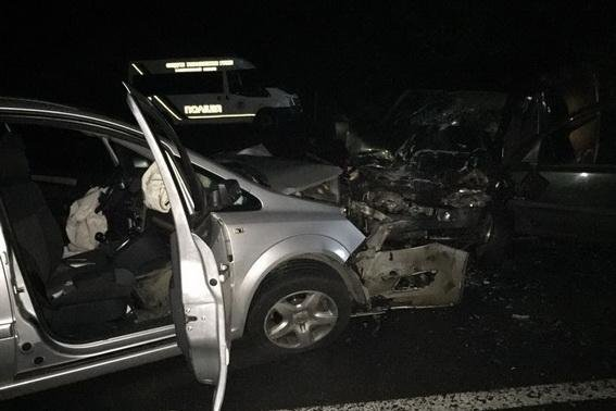 Смертельна аварія біля Сваляви - водій загинув, пасажирка у реанімації: фото, фото-1