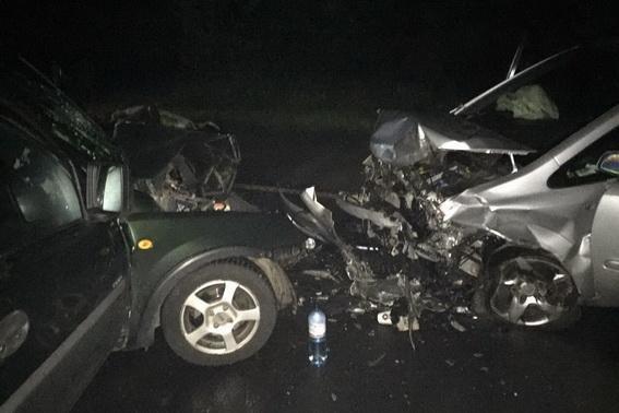 Смертельна аварія біля Сваляви - водій загинув, пасажирка у реанімації: фото, фото-4