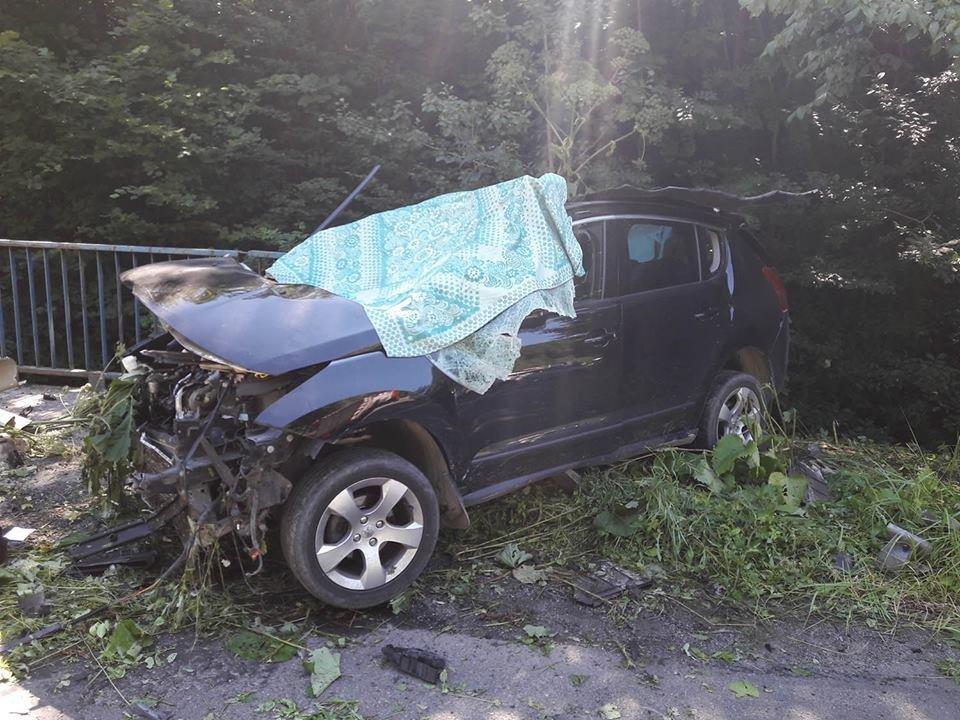 Смертельна ДТП на Закарпатті: рятувальники розповіли, як витягували постраждалих із авто (ФОТО), фото-1