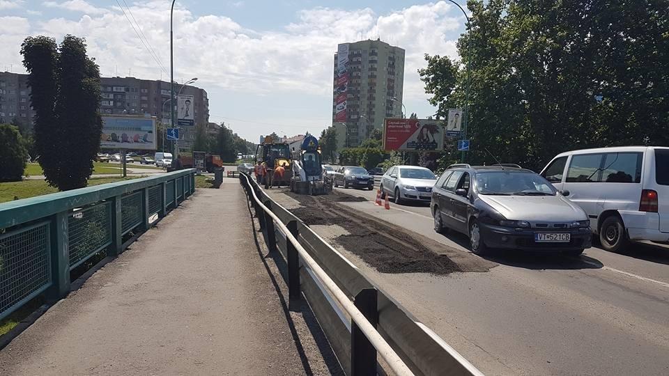 В Ужгороді ремонтують транспортний міст Масарика: до 22-ї години рух буде ускладнено (ФОТО), фото-2