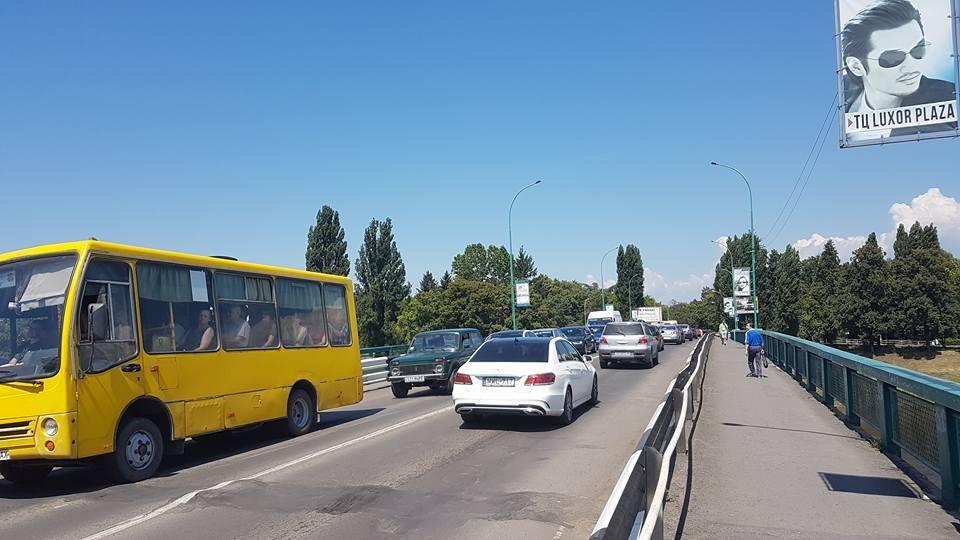 В Ужгороді ремонтують транспортний міст Масарика: до 22-ї години рух буде ускладнено (ФОТО), фото-3