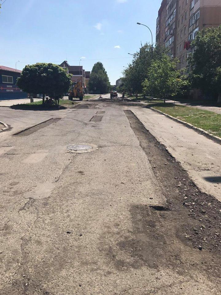 В Ужгороді розпочали капремонт Капушанської: фото, фото-5