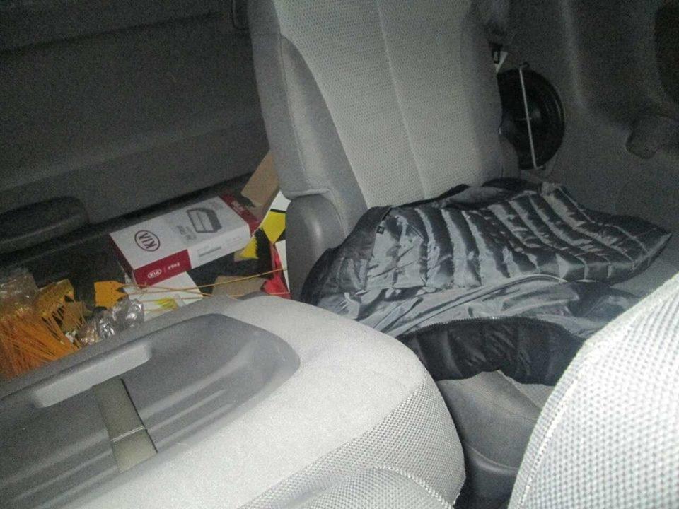 В ужгородця з машини біля ресторану украли 250 000 гривень: фото, фото-3