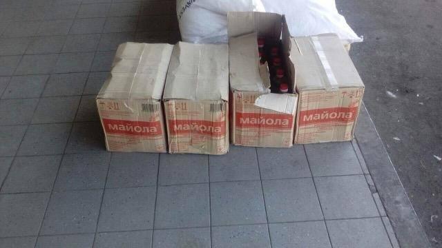 У Мукачеві двоє чоловіків кілька ночей обкрадали склади супермаркету, винісши товару на 12 000: фото, фото-2