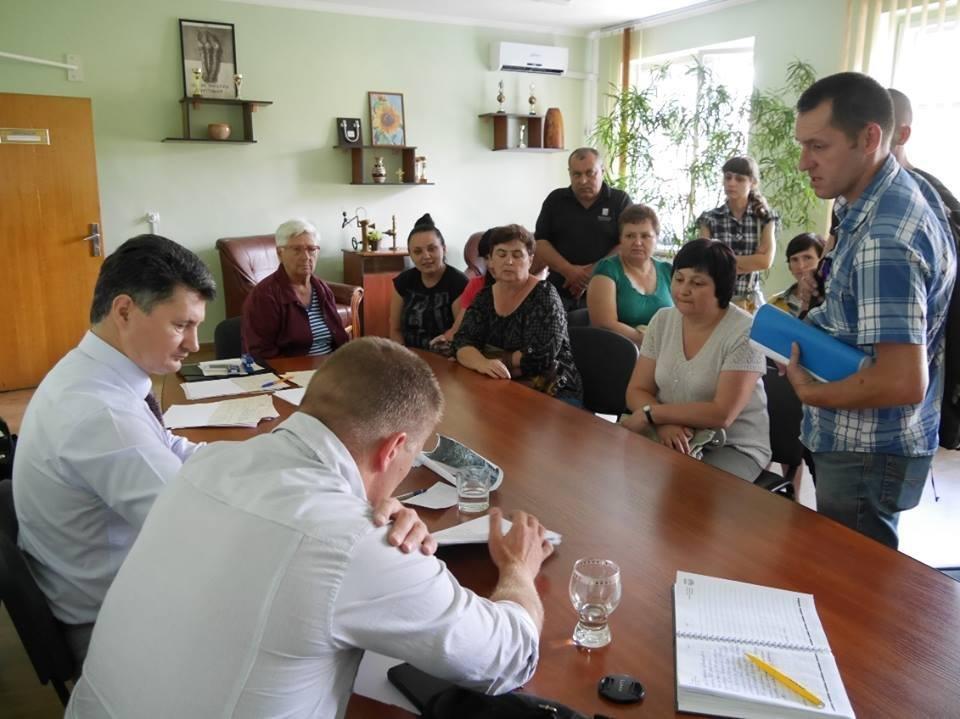 В Ужгороді до заммера звернулась жінка, родина якої 15 років не платила за воду - борг складає 49 тисяч гривень: фото, фото-5