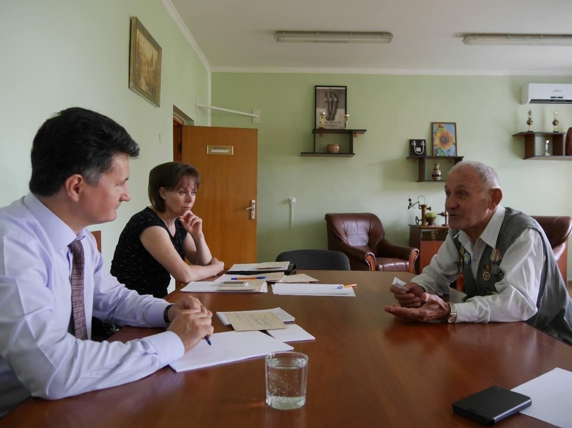 В Ужгороді до заммера звернулась жінка, родина якої 15 років не платила за воду - борг складає 49 тисяч гривень: фото, фото-1