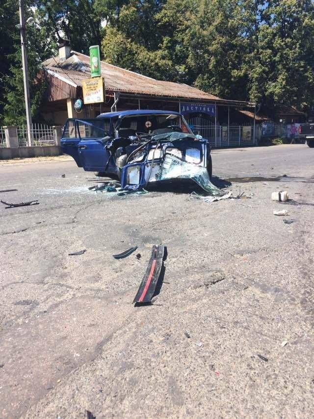 З'явилися фото жахливої ДТП біля Хуста, в якій постраждало 4 людини, фото-1