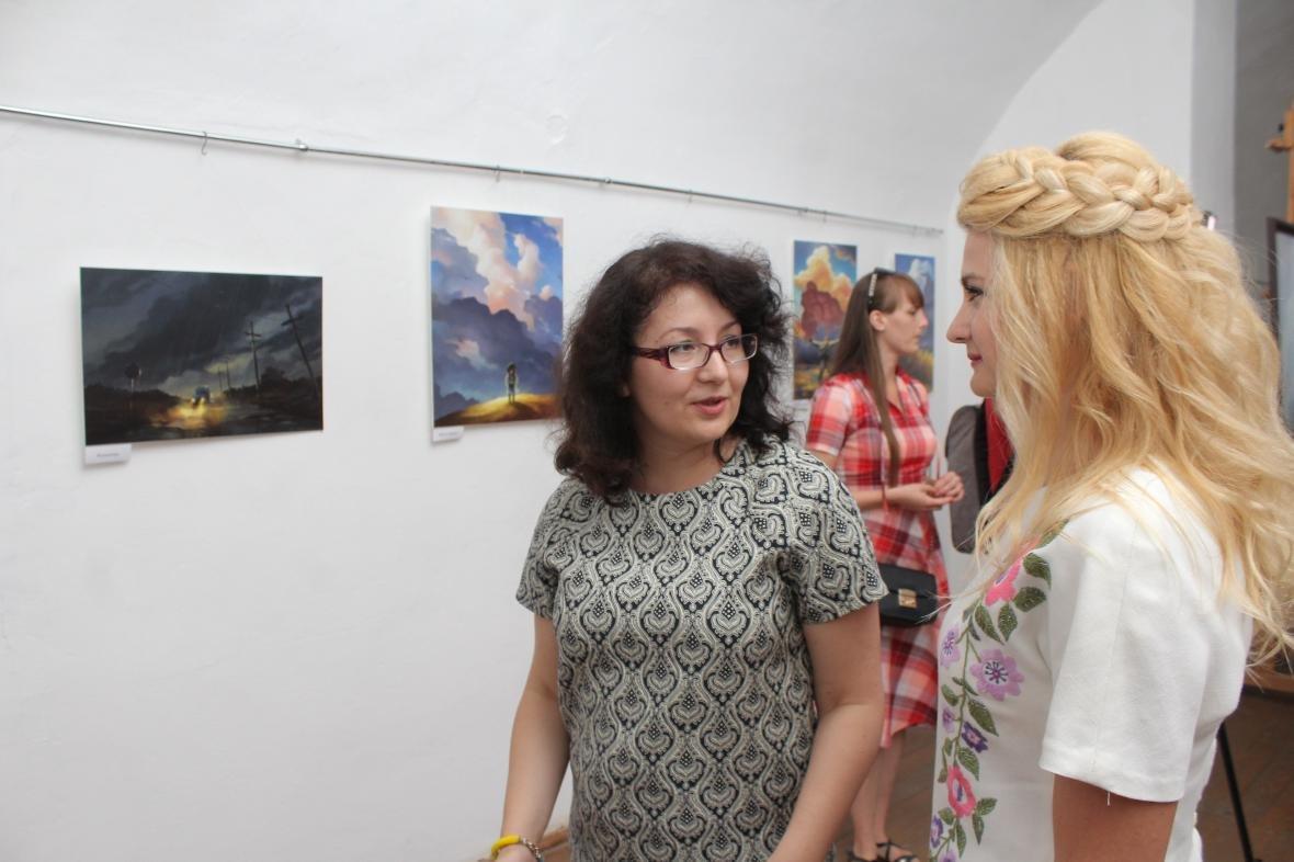 """Героїчні картини: у Мукачеві відкрили виставку """"Кордон"""" з історіями охоронців України, фото-6"""