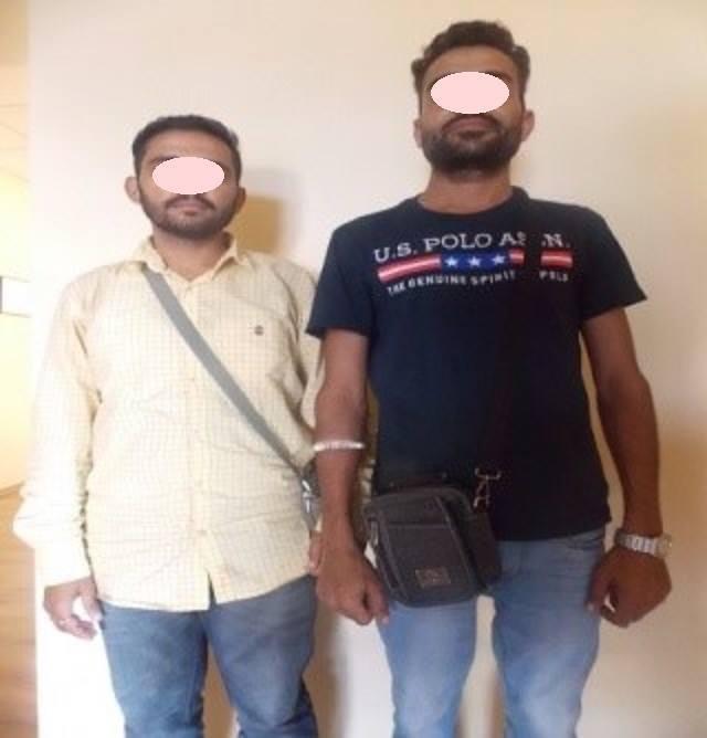 """На Закарпатті місцевий мешканець """"здав"""" двох індусів-нелегалів прикордонникам: фото, фото-1"""