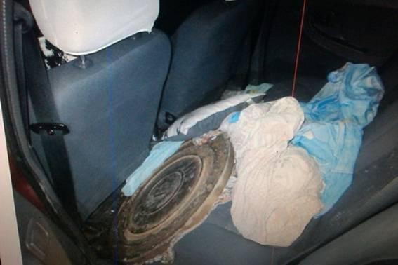 Поліція затримала чоловіка з дружиною з району, які крали люки по всьому Ужгороду: фото, фото-2
