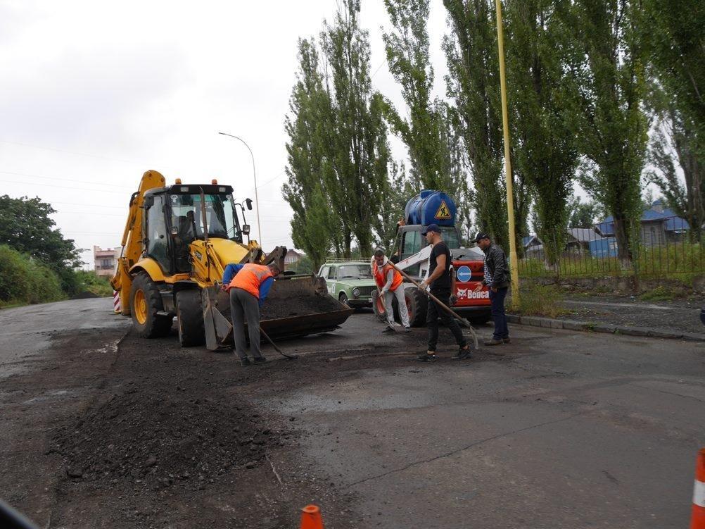 Як в Ужгороді готували вулицю Грибоєдова до ремонту: фото, фото-2