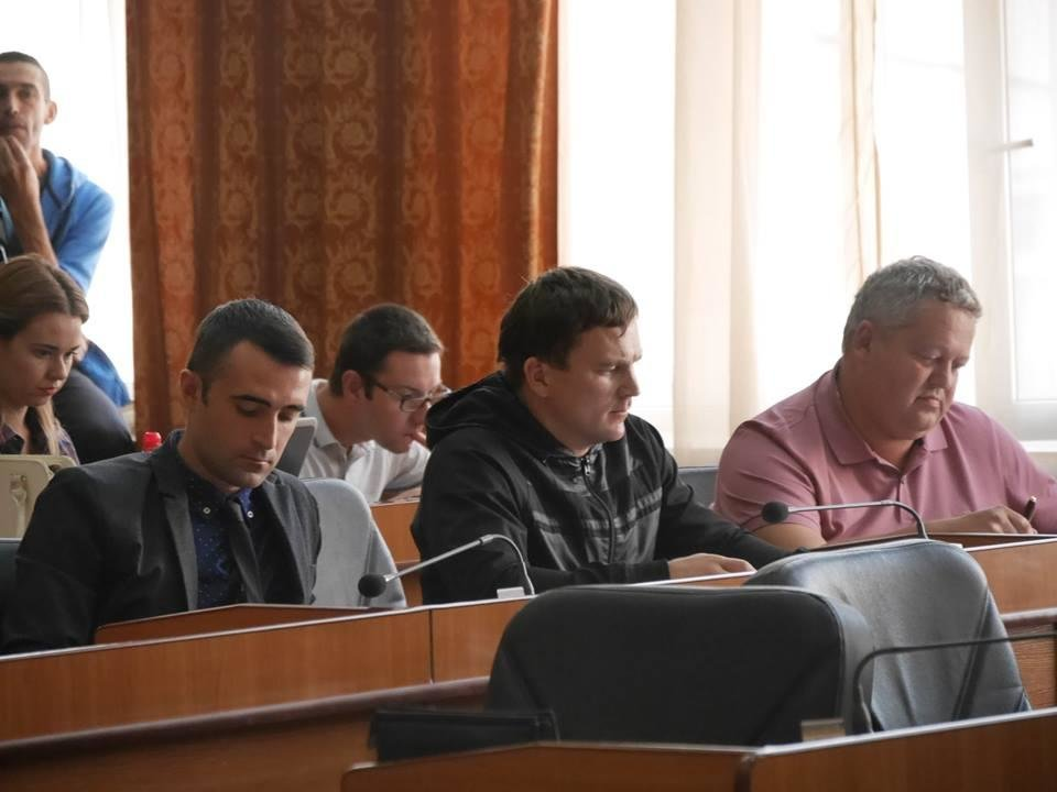 Сесія в Ужгороді: новий заступник Андріїва, почесні громадяни і земля військовим (ФОТОРЕПОРТАЖ), фото-2