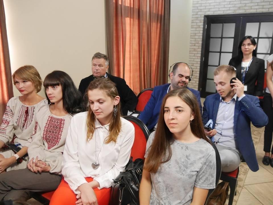 Сьогодні в Ужгороді на фестивалі виступатиме молодь із 4-х континентів (ФОТО), фото-1