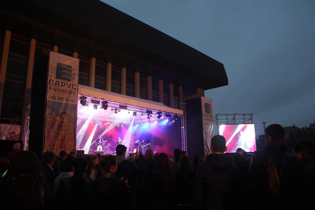 """Як """"СКАЙ"""" """"запалював"""" ужгородців на головному концерті до Дня міста: фоторепортаж , фото-1"""