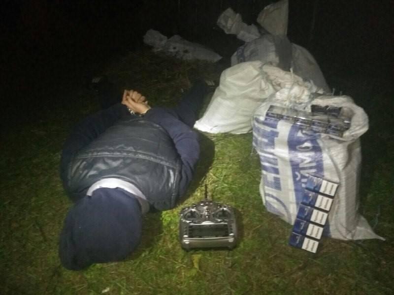 На кордоні в Ужгороді хлопці переправляли на квадрокоптері цигарки до Словаччини: фото, фото-5