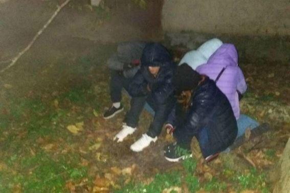 На Перечинщині у помешканні співчутливої жінки затримали п'ятьох нелегалів: фото, фото-2