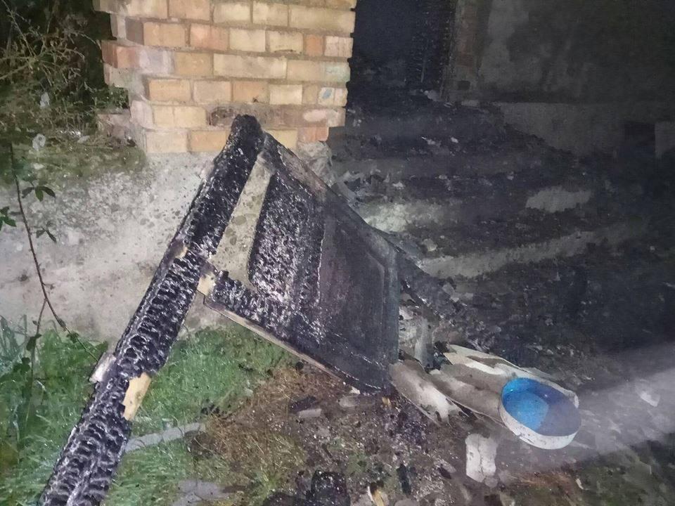 Рятувальники опублікували фото та розповіли деталі смертельної пожежі на Виноградівщині, фото-1