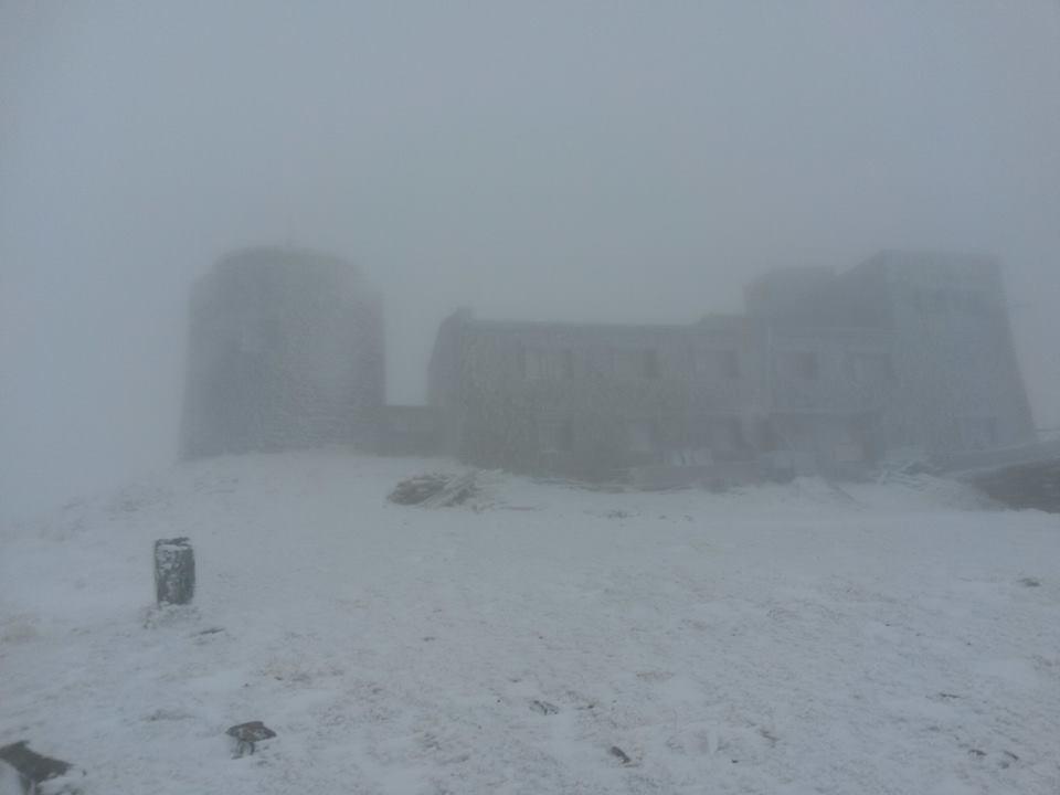 Туман, вітер та сніг: як виглядає закарпатська гора Піп Іван наприкінці жовтня?, фото-2